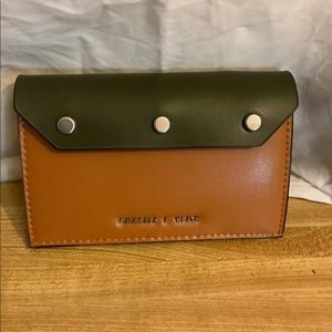 CHARLES & KEITH CARD HOLDER COIN WALLET